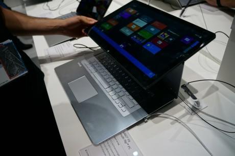 """VAIO Fit er Sonys nye hybridcomputer, der både kan agere almindelig laptop samt tablet. Den kommer i tre størrelser på henholdsvis 13"""", 14"""" og 15"""" skærm."""