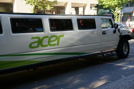 Man blev dog kørt med stil, når man blev transporteret fra IFA-messen til Acers presselounge...