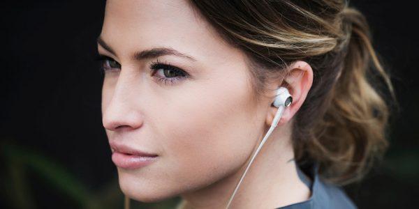 8 in-ear høretelefoner