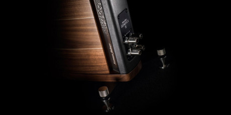 Luxury-Olympica-Speakers-by-Sonus-Faber-9