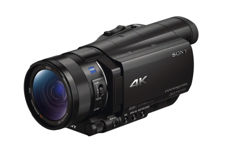 Sony_FDR-AX100E_skrått_h_lukket