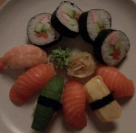 desire-eye-sushi-dark-460x452