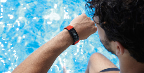 Sony-Smartband-Talk_Lifestyle