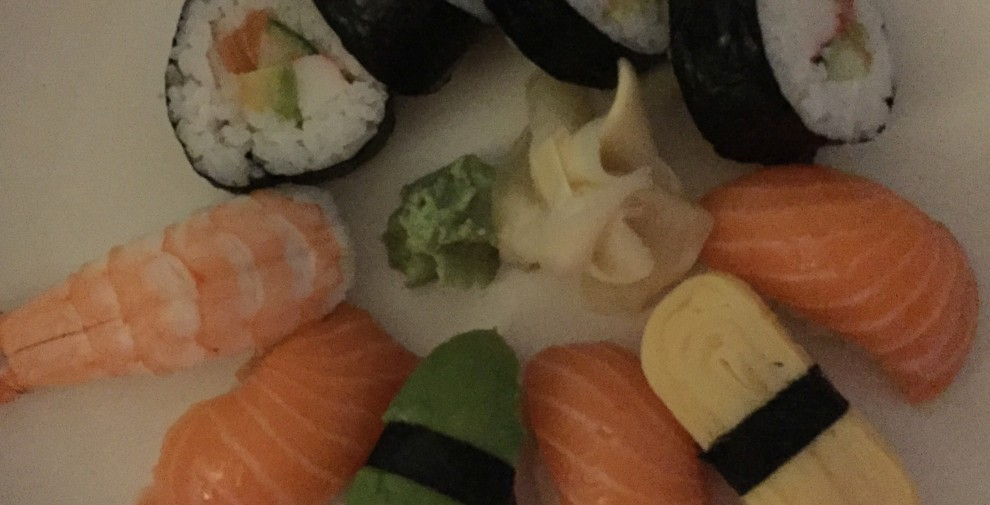 sushi-dark-iphone6-990x505
