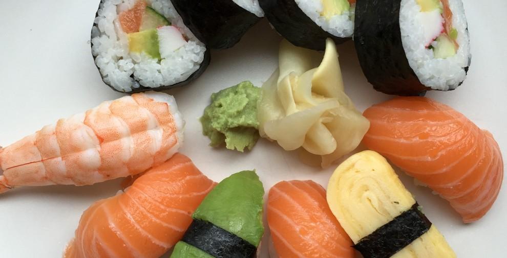 sushi-light-iphone6-990x505