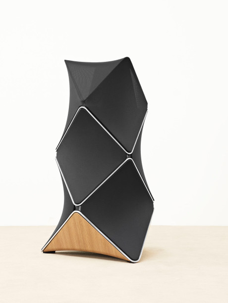 BeoLab-90-side-view-2-psc-Lifestyle-Low-Res