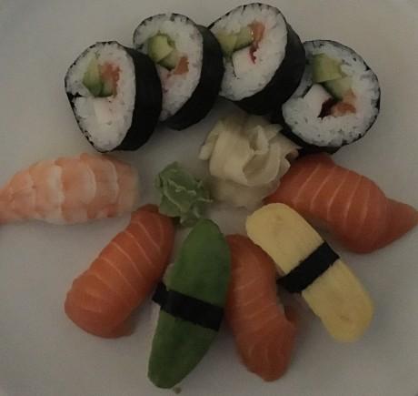 Sushi-dark-iPhone-6s