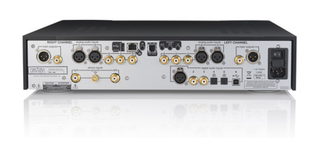 Mark Levinson 526 PreAmplifier. Foto: Harman
