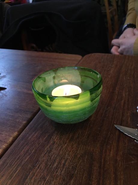Kan du gætte, hvilket billede der er taget med Mate 8? Det er ikke dette. Det er taget med iPhone 6s. Det er det næste billede, men det er næsten ikke til at kende forskel.