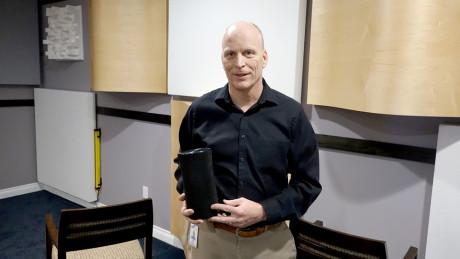 Den nye 360 graders multirumshøjttaler er udviklet i Samsungs lydlaboratorium i Los Angeles, som ledes af dansk-amerikanske Allan Devantier. Foto: Samsung