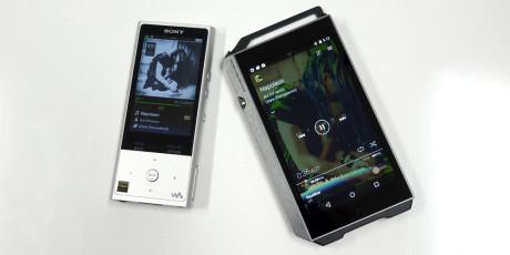 Pioneer XDP-100R er klart større end Sony NW-ZX100. Foto: Geir Gråbein Nordby