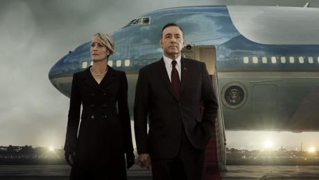 Et ægtepar med megen magt og STORE ambitioner - hvis mål altid helliger midlet! Foto: Netflix