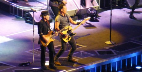 Bruce-Springsteen-WEB-The-River-Tour-2016-–-28.03-25-990x505