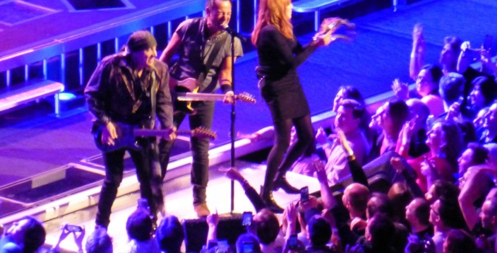 Bruce-Springsteen-WEB-The-River-Tour-2016-–-28.03-33-990x505