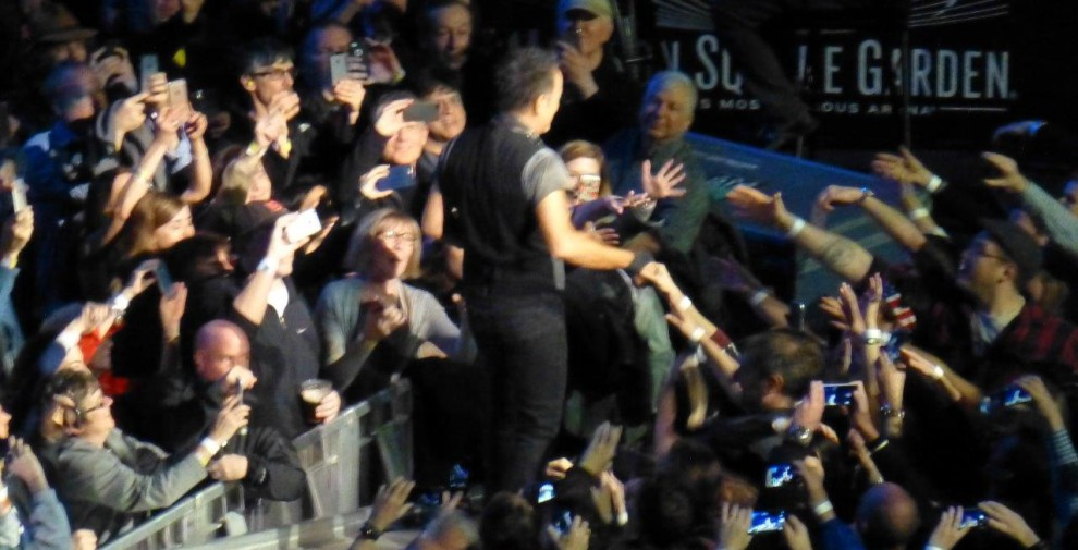 Bruce-Springsteen-WEB-The-River-Tour-2016-–-28.03-39-990x505