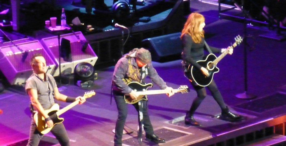 Bruce-Springsteen-WEB-The-River-Tour-2016-–-28.03-43-990x505