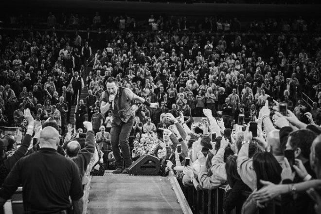 Bruce-Springsteen-WEB-The-River-Tour-2016-–-28.03-6-e1460707222777-2