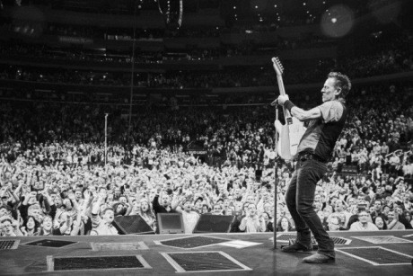 Bruce-Springsteen-WEB-The-River-Tour-2016-–-28.03-7-e1460707236164