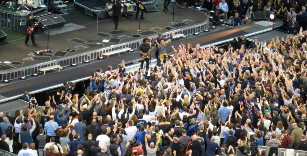 Bruce-Springsteen-WEB-The-River-Tour-2016-–-28.03-90-990x505