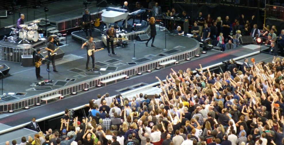 Bruce-Springsteen-WEB-The-River-Tour-2016-–-28.03-96-990x505