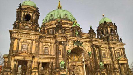 Fotograferet med Lumia 650 ser domkirken i Berlin ud som et nikotinplaster. (Foto: Peter Gotschalk)