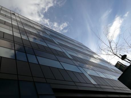 Reflekser i facaden. Foto: Jonas Ekelund, L&B