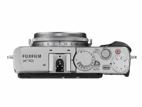 Retro-designet gør kameraet praktisk i brug. (Foto: Producent)