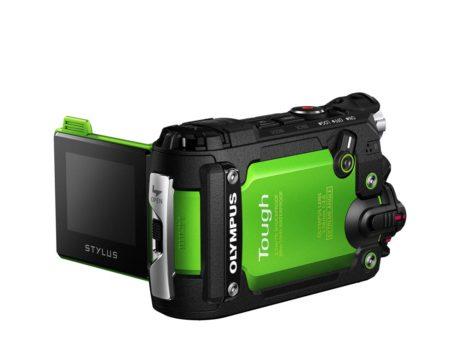 Den vipbare skærm gør kameraet mere brugervenligt end konkurrenternes actionkameraer. (Foto: Producent)