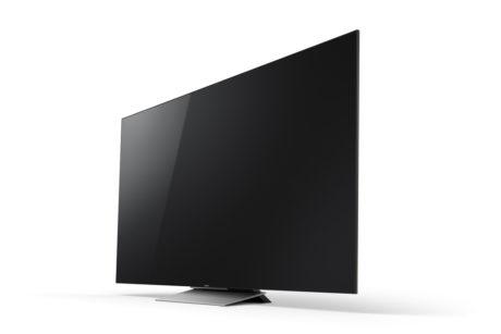 Sonys tv har en imponerende slank fremtoning, uanset om du vælger at vægmontere det eller ej. Foden er kun 45 cm bred og passer dermed til de fleste tv-møbler. (Foto: Producent)