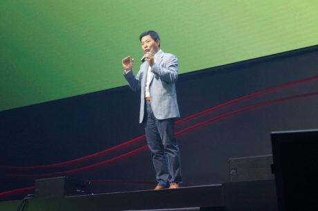 Richard Yu fra Huawei lancerer den nye Nova-model på IFA i Berlin. Foto: Peter Gotschalk, Lyd & Billede