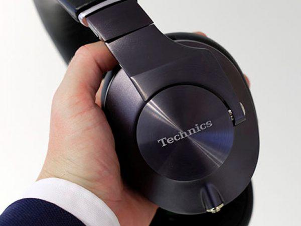 Ikke helt almindelige hovedtelefoner