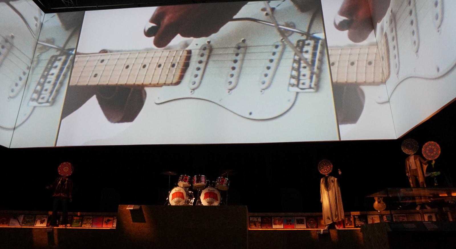 Næsten som at være der selv. Oplev Woodstock-festivalen i 14-kanalers 3D-lyd. Foto: John Alex Hvidlykke, Lyd & Billede