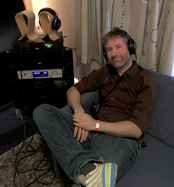 Hvor andre kan konkurrerede at levere så meget lyd som muligt, spillede Multiroom udelukkende på hovedtelefoner. Om Focal Utopia til 40.000 kroner lød godt? I den grad! Foto: Sylvia Nordby