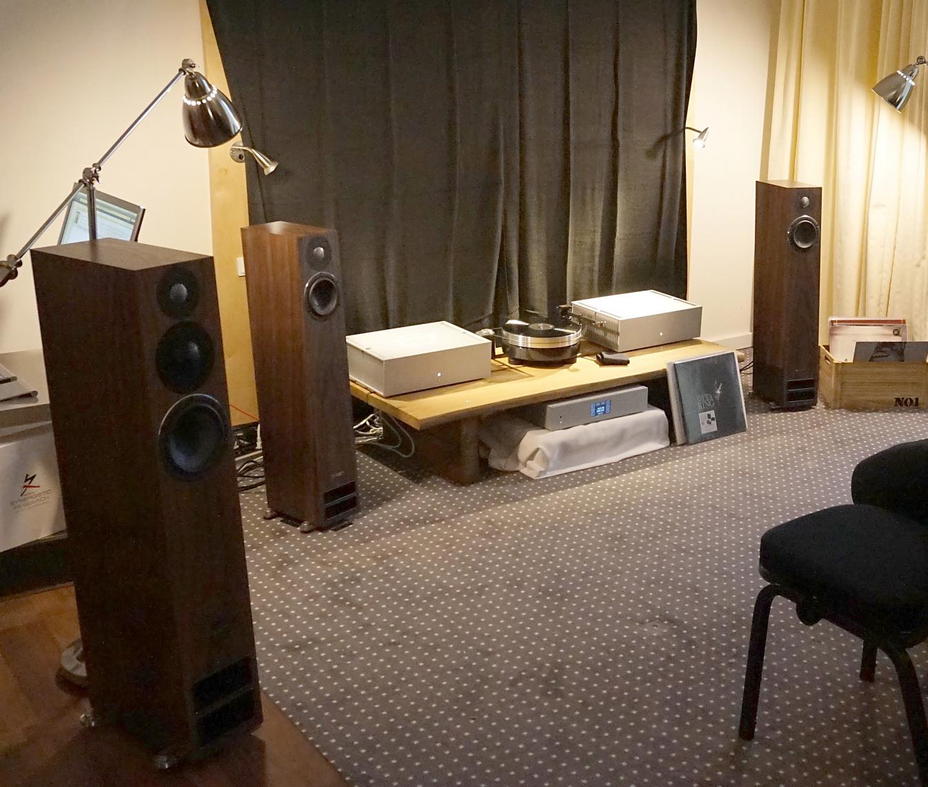 Phison Audio og PMC-højttalere hos Hi-Fi Shack. Foto: John Alex Hvidlykke, Lyd & Billede