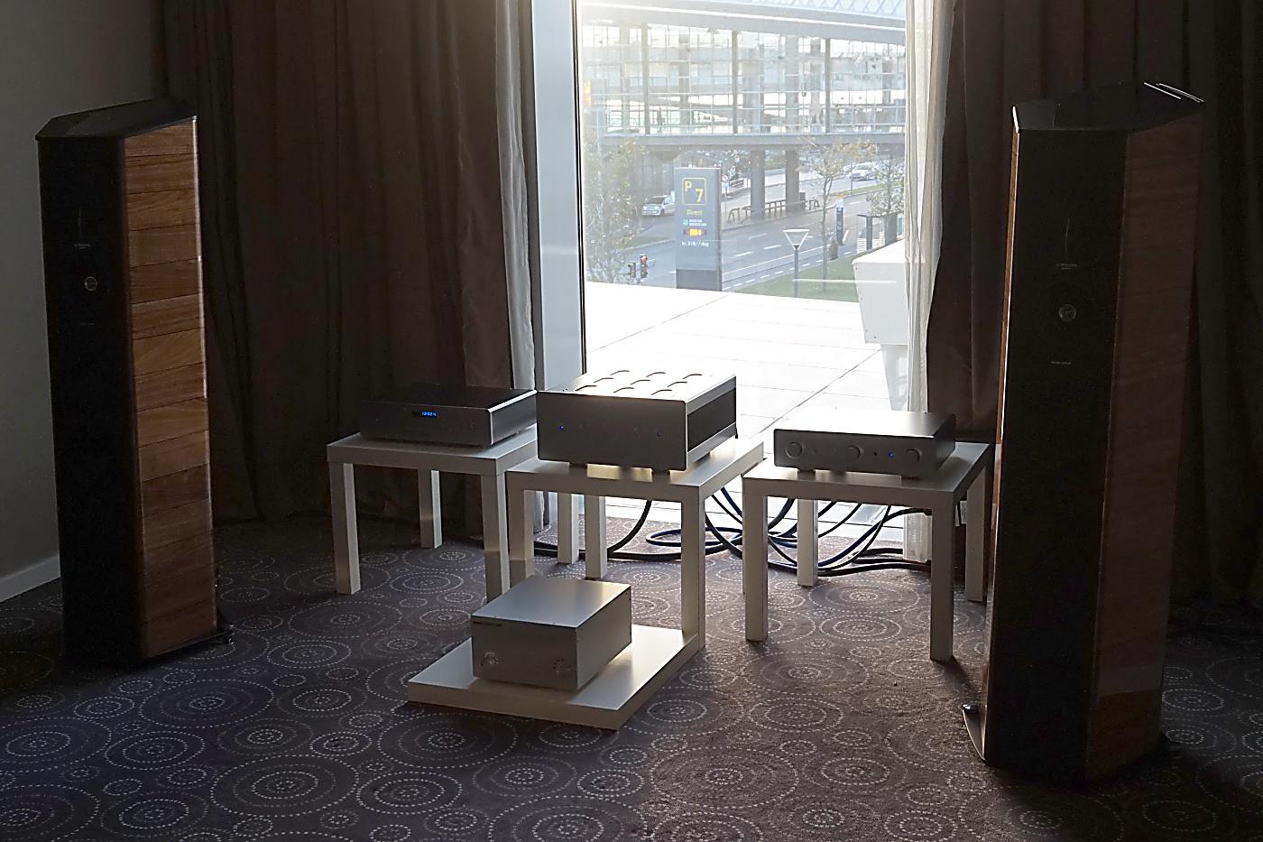 Sonus faber og Sudgen hos AB Audio. Foto: John Alex Hvidlykke, Lyd & Billede