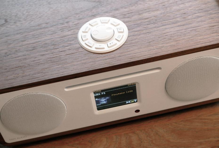 Ultramoderne TEST: Tiny Audio Stereo Wide mikroanlæg - Lille anlæg med stor lyd JA-34