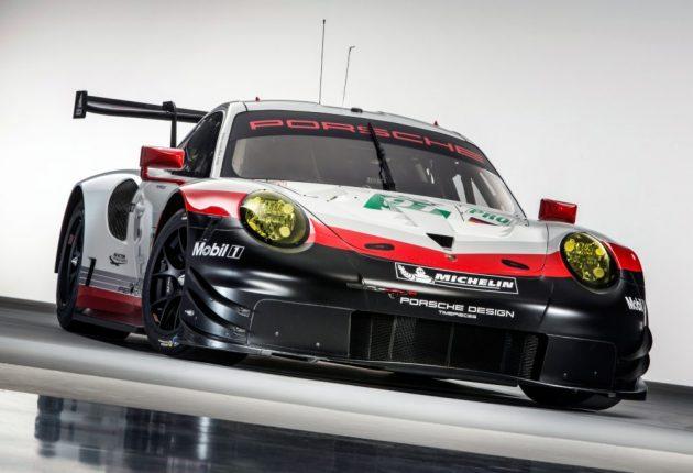 Ligesom en Porsche RSR flyver gennem svingene, følger Raw Surface-højttalerne med i hvert et sving og hver en vending i musikken. Foto: Porsche