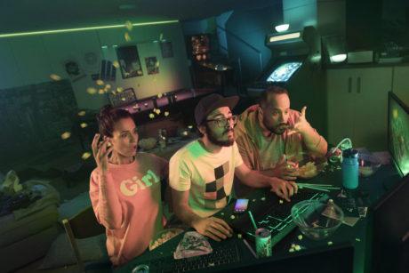 Philips vil lege med Razer