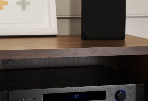Emotiva BasX PT-100 ligner receiveren TA-100 på en prik. Foto: Emotiva