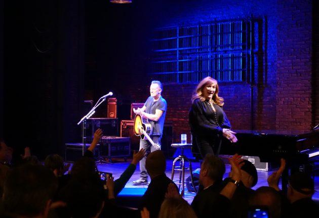 Bruce Springsteen og Patti Scialfa, Springsteen on Broadway. (Foto: Tor Aavatsmark)
