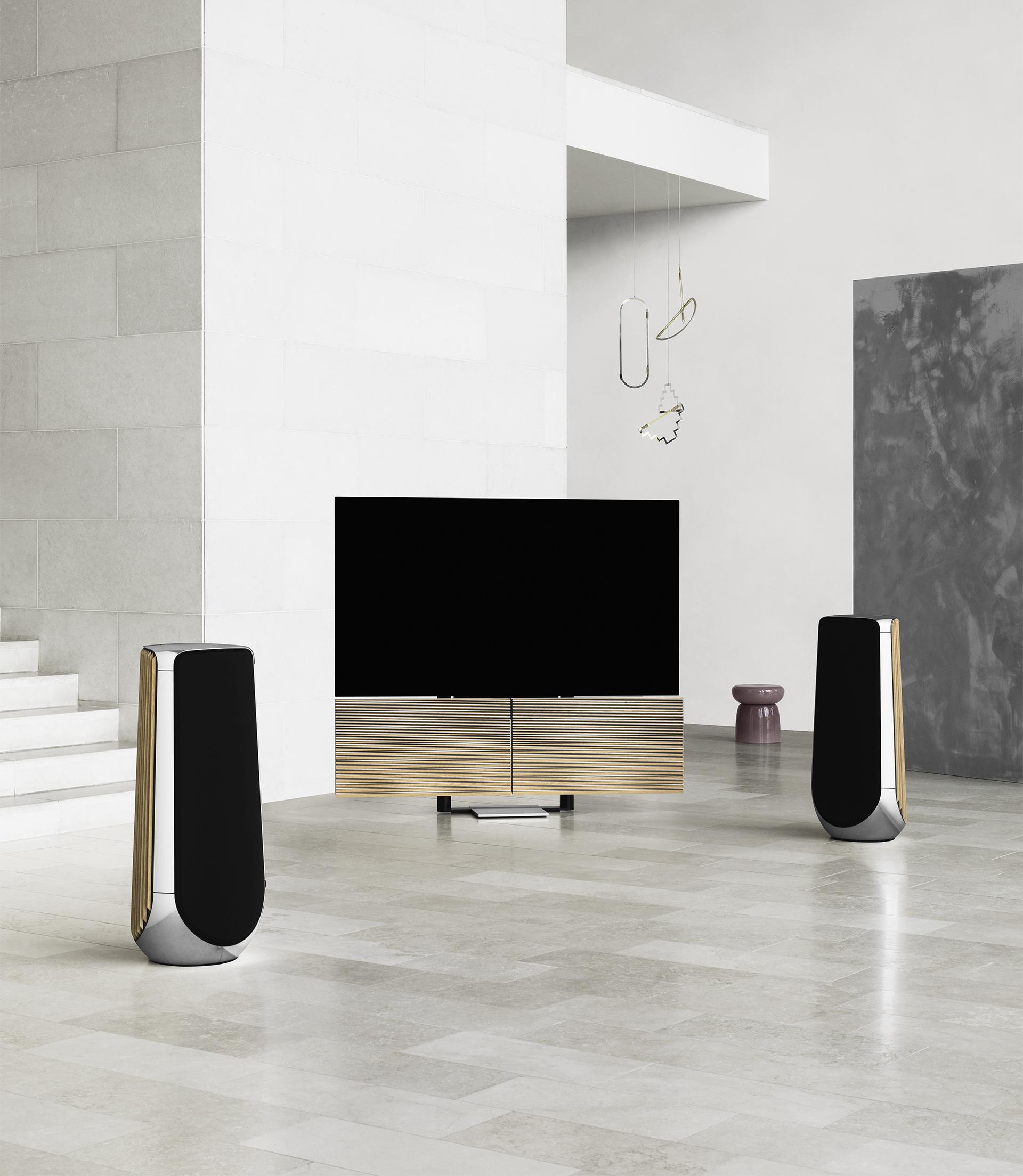 Det går att koppla in upp till åtta högtalare till Beovision Harmony. Foto: Bang Olufsen