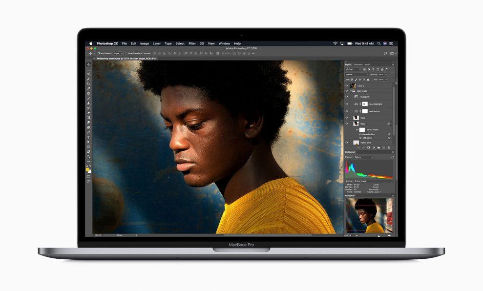 Nya MacBook Pro har upp till dubbelt så höga prestanda med professionella program. Foto: Apple