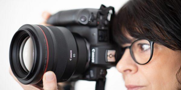 Lysstærkt 85 mm portrætobjektiv